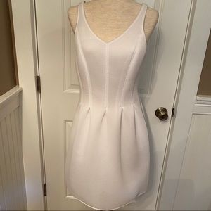 W WORTH DRESS FIT FLARE WHITE SLEEVELESS 6 SCUBA